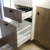 Wohnmobil 74EB Schubfächer Küche
